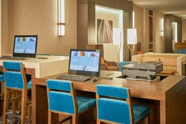 laswi-business-center-3894-hor-clsc